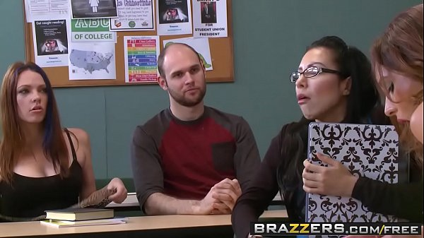 Brazzers, Jeans
