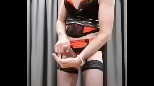 Crossdresser, Cum swallow