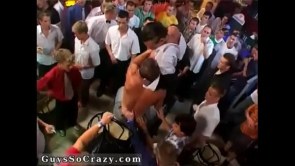Sex swimming, Group gay