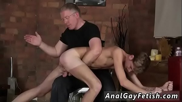 Spanking, Young gay