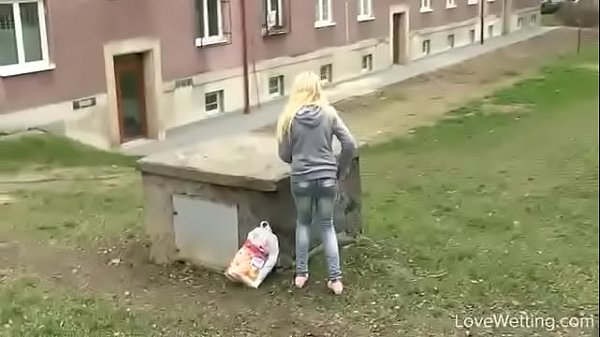 Young girl, Pee, Accident