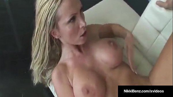 Pet, Nikki benz